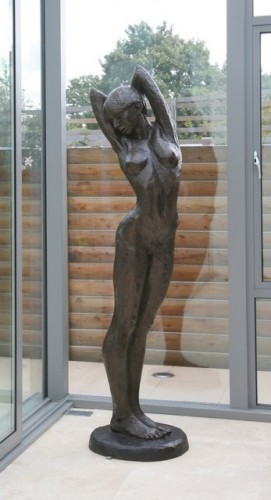Lucinda in bronze